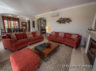 West Algarve 4 Bed Luxury Holiday Rental Villa. Sea Views, Wifi, Air Con - Picture 3