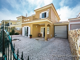 Algarve Holiday Villa - Lagos - Wifi - Walk to Beach - Picture 4
