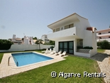 Albufeira 3 bedroom Villa With Pool - Near The Strip - No Car Needed