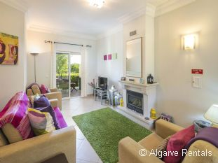 West Algarve 3 Bedroom Villa - Boavista Golf - Picture 2