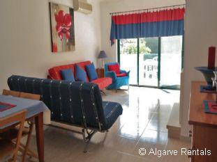 Albufeira 2 Bedroom Apartment - Praia da Oura Area- Walk to Beach - Picture 5