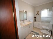 3 Bedroom Villa - Walk to Beach- Old Town Albufeira -Private Swimming Pool - Picture 14