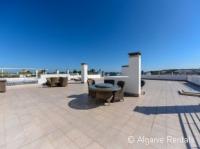 Sea View Algarve Holiday Apartment - Meia Praia, Lagos. 3 Bedrooms - Picture (1)